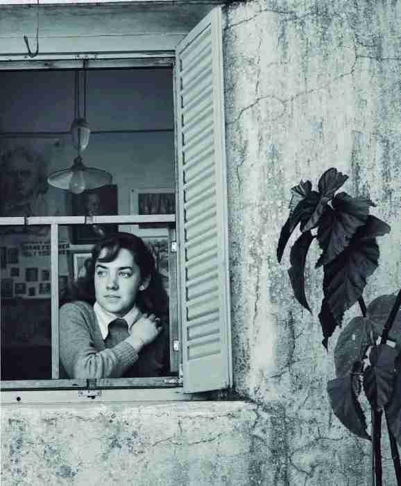 María Elena Walsh, 1947 Grete Stern, Argentina