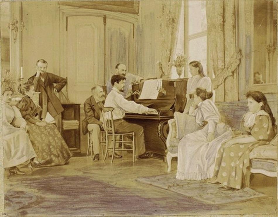Claude-Debussy-al-piano