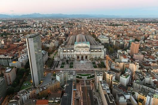 Milano-Porta-Nuova-Milano