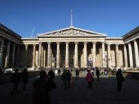 Fachada del Museo Británico.