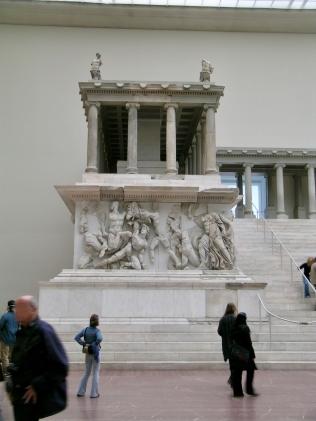 imagen-14-pergamon-museum-berlin-alemania-templo-de-pérgamo_